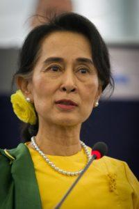 Aung San Suu Kyi - Co-fondatrice et secrétaire générale du parti de la Ligue Nationale pour la démocratie